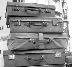 luggage photo malias